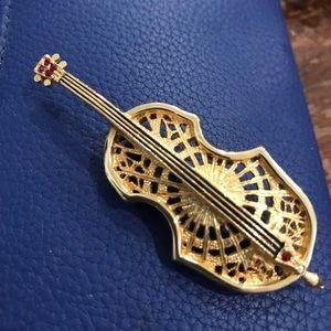 Violin pin small red stones